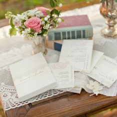 Vintage Romantic Wedding Inspiration