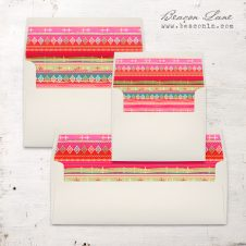 Bright Pattern Envelope Liner