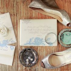 Mailing Your Wedding Invites | Our Favorite Tips & Tricks