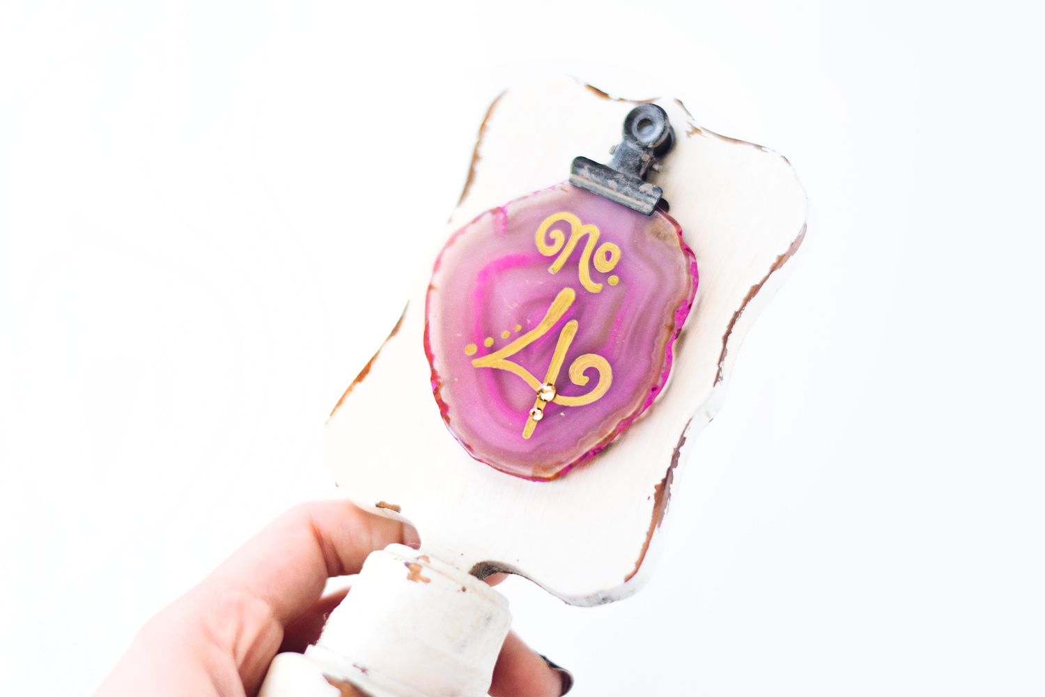 DIY agate table numbers - Beacon Lane Blog