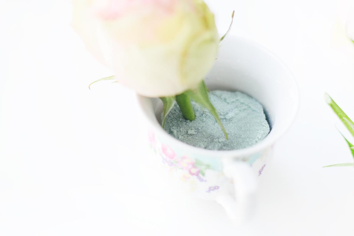 DIY rose teacup bridal bouquets
