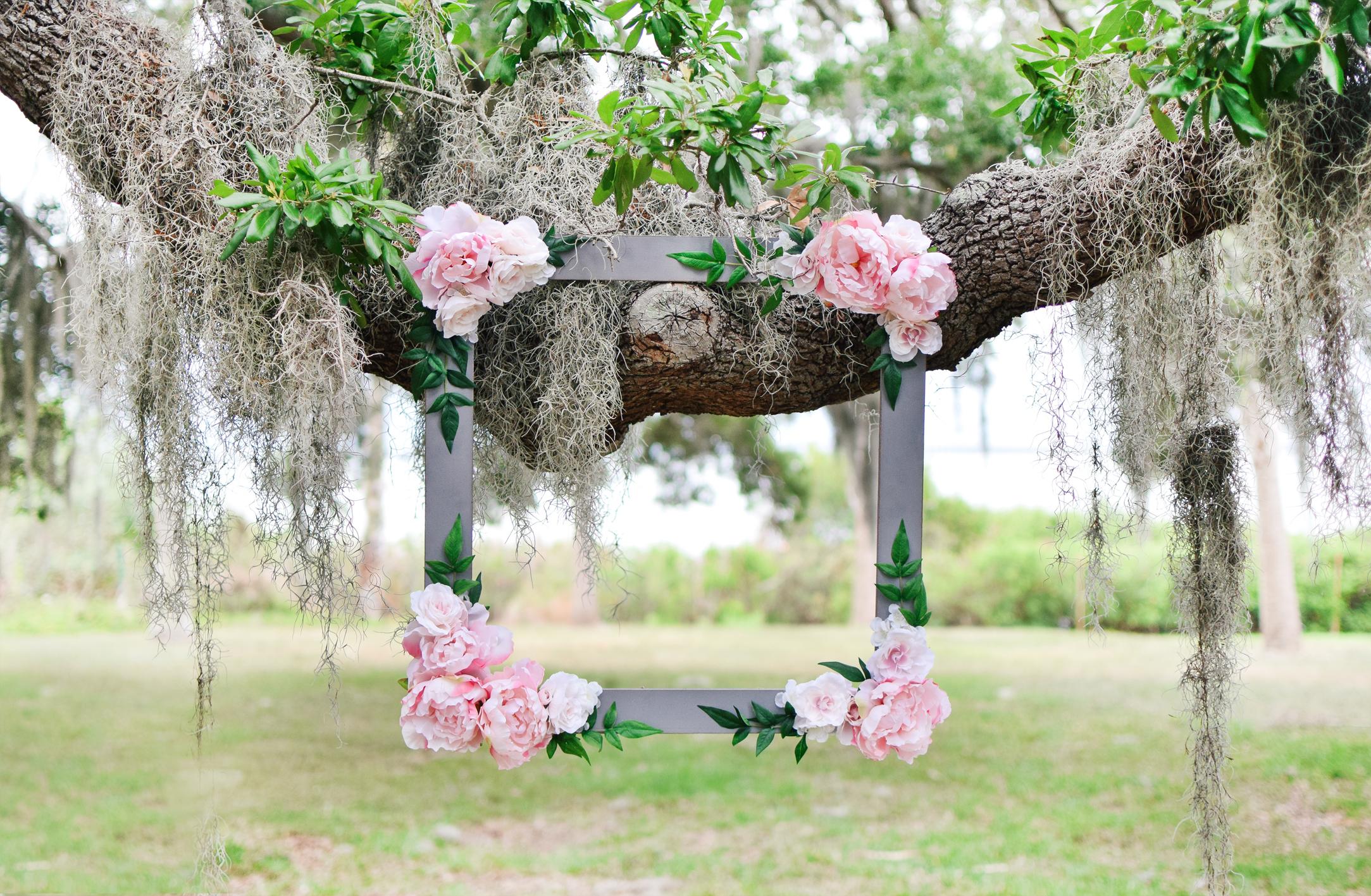 DIY Bridal Shower Floral Photo Booth Frame