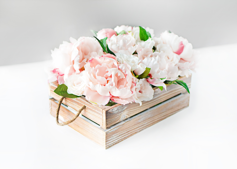 DIY Easy Bridal Shower Floral Centerpiece - Beacon Lane Blog
